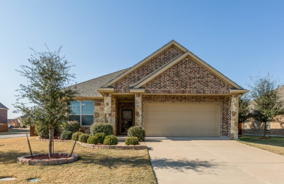 801 Scotland Way, Wylie